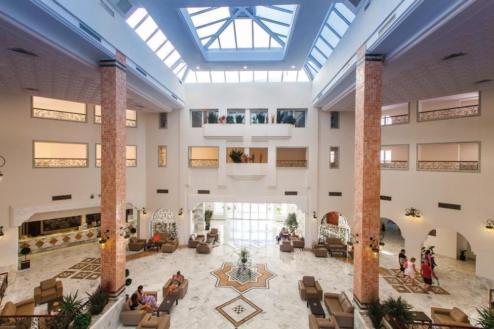 Vincci marilla Hotel